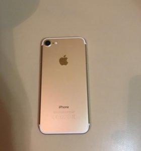 Продам айфон 7 32