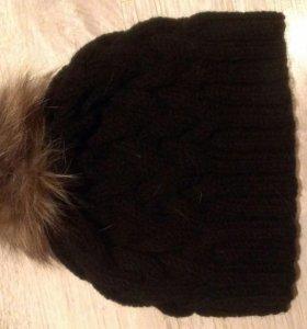 Вязаные шапки в наличии и на заказ
