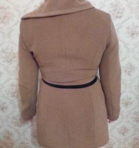 Пальто демисезонное 50 размер