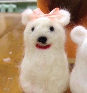 Медведица (из валяние шерсти)