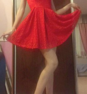 Кружевное красное платье😻 одевала два раза