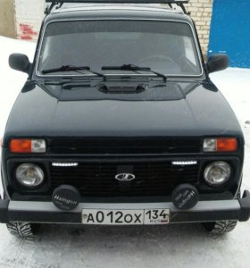 Автомобиль ВАЗ 212140