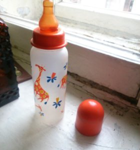 Бутылочка детская 260мл