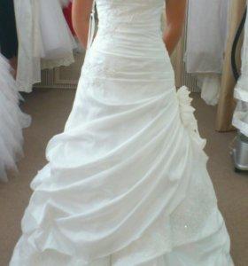 Счастливое,свадебное платье