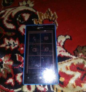 Срочно продаю телефон Nokia 520