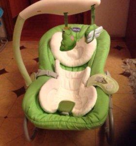 Шезлонг кресло-качалка Chicco Mia