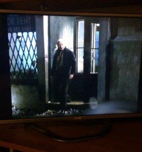 Телевизор lg 32 дюйма в прекрасном состоянии.