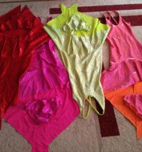 4 платья для танцев в комплекте с трусиками