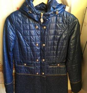 Весеннее пальто,покупала в парусе за 6000
