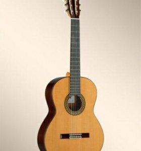 Гитара классическая Alhambra 4p
