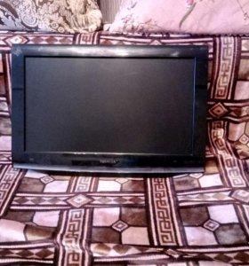 Телевизор ЖК, б/у в отличном состоянии.