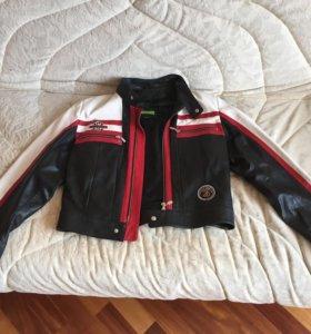 Куртка кожаная спортивная