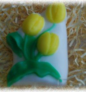 Мыло ручной работы Тюльпаны