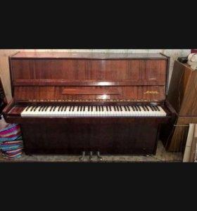 Пианино Акорд