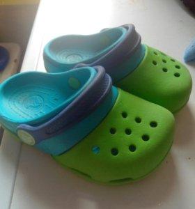 Детская обувь, кроксы