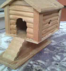 Деревянный домик для хомяков. тел. +79315301871
