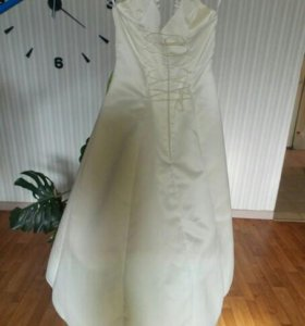 Нарядое платье для выпускного
