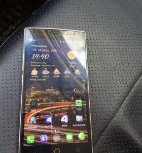 Смартфон TCL P561U (Alcatel)