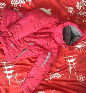 Куртка зимняя д/девочки 110р-р