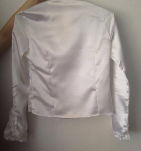 Блузка атласная новая