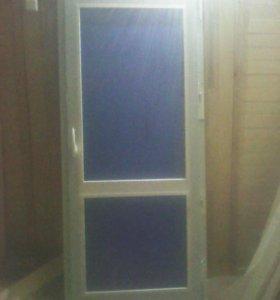 Балконная пластиковая новая дверь
