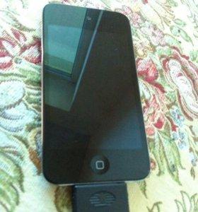 iPod 4 32 GB памяти в отличном состояние