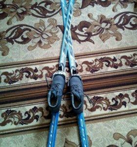 Лыжи с насечкой и ботинки