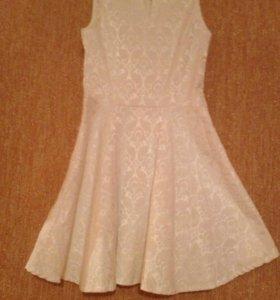 Платье-хорошее, почти новое, хорошее качество