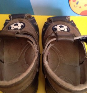 Кожаные сандали фирмы Скороход