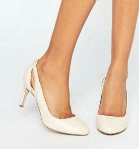 Новые туфли нюд