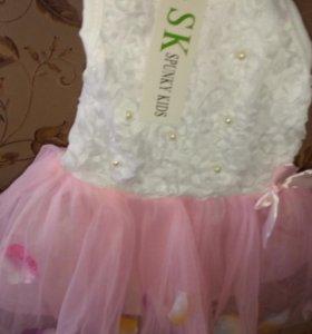 Платье для девочке.туфельки в подарок