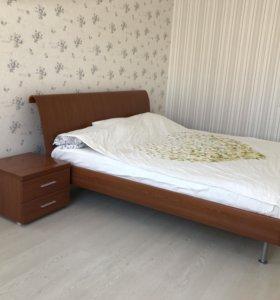 Спальный гарнитур из шпона (Италия)