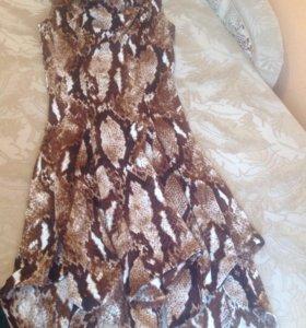 платье в хорошем состоянии одела один раз