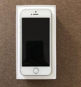 iPhone SE / 16 Gb