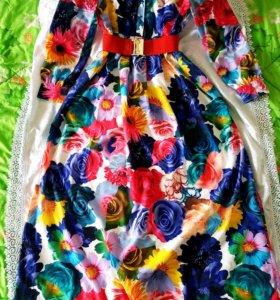 Платье в пол 46р