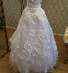Новое свадебное платье 50-54