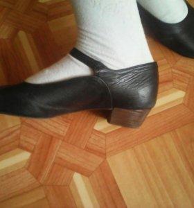 Народные туфли для танцев