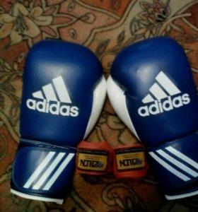 Боксёрские перчатки + бинты