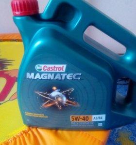 Моторное масло Castrol Magnatec 5W40 4л 156E9E