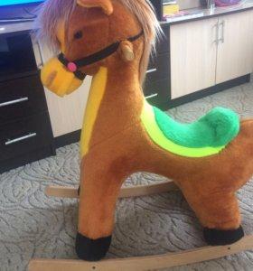 Лошадь-качели