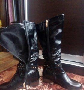 Сапоги осенние размер 41 новые.на широкую ногу с