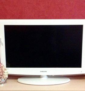 Телевизор Samsung модель LE32A454C1 S цвет: белый