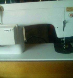 """Машинка швейная, с электроприводом""""Чайка 132м"""""""
