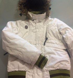 Горнолыжная куртка на девочку 7-9 лет