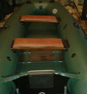 Лодка ПВХ Новигатор 290