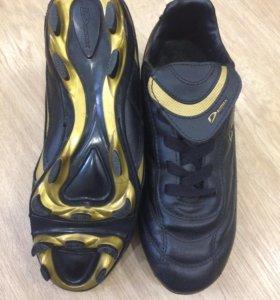 Новые Бутсы футбольные Demix 37 размер