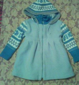 Вязаное пальтишко