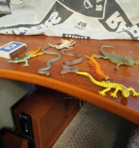 Фигурки рептилий