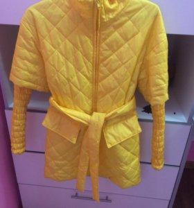 Весенней курточка(пальто)