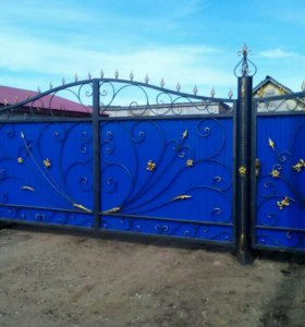 Ворота с элементами ковки.